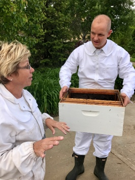 Ali and Matt discuss where to place the hive